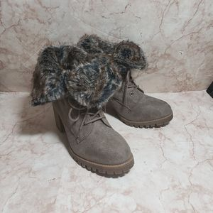 New Jelly pop winter lace up boots faux fur 8